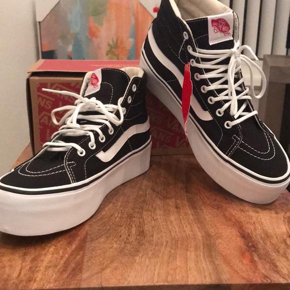 New Women s Vans size 8 Sk8-Hi PLATFORM sneakers 878f96616